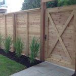 Cedar - Horizontal boards with gate