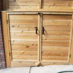 Front porch with garbage bin storage(1)