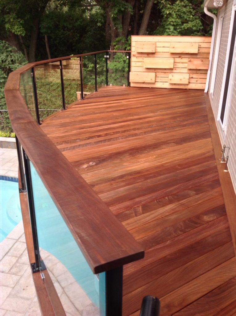 IPE deck with glass railing
